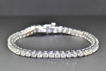 1 Row Solitaire Round Cut 5 CT Diamond Tennis Bracelet 14K White Gold 7 Inches