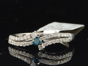 Blue Solitaire Diamond Engagement Ring .925 Sterling Silver Round Cut 0.34 Ct