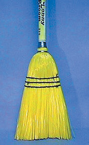"BROOM LOBBY POLY CRN 30""H N220 YELLOW FIBERS W/WOOD HANDLE"