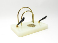 Chalcedony Quartz Fountain Pen Stand