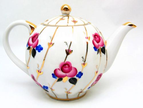 Antique Roses Teapot from Lomonosov Porcelain in St. Petersburg, Russia