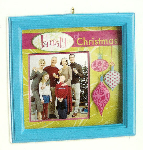 Carlton Cards Heirloom Family & Friends Picture Frame Christmas Ornament - 11261807