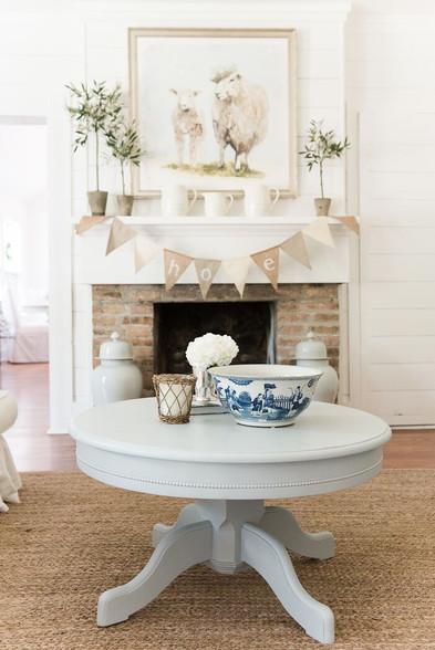 Exceptionnel English Farmhouse Pedestal Coffee Table Blue Gray