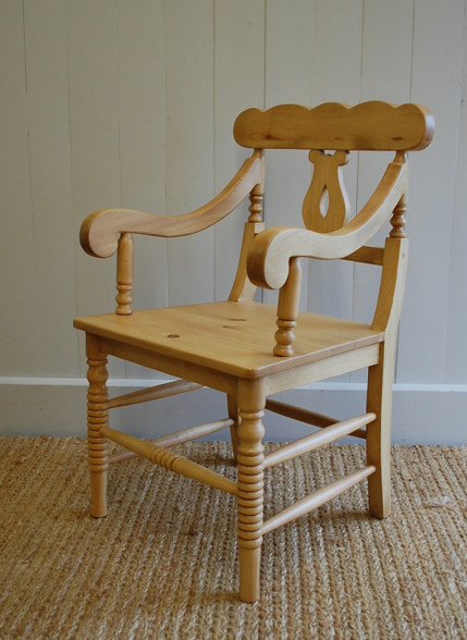 Cottage Chair with Arms