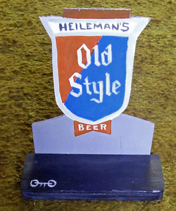 HEILEMANN'S OLD STYLE BEER SIGN by Otto