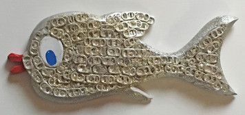 WOW! - 3-D Cutout Fish Covered with pull-tabs and glitter