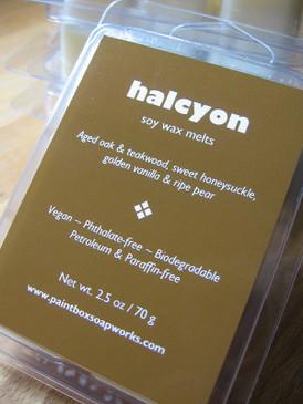 Halcyon Soy Wax Melts - Aged Oak & Teakwood, Honeysuckle, Pear...