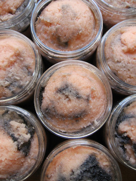 Smoky Jack Sorbetto Emulsifying Sugar Scrub - Pumpkin, Roasted Marshmallow, Wood Smoke... Weenie Limited Edition