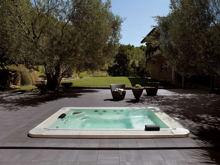 Hydrospa Mirror 630. Indicative prices starting from...
