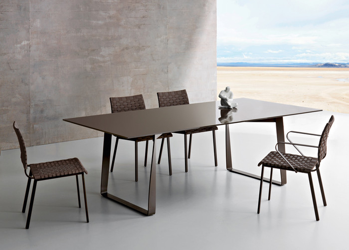 Hamptons Graphics outdoor dining table 220cm, coffee - ex display