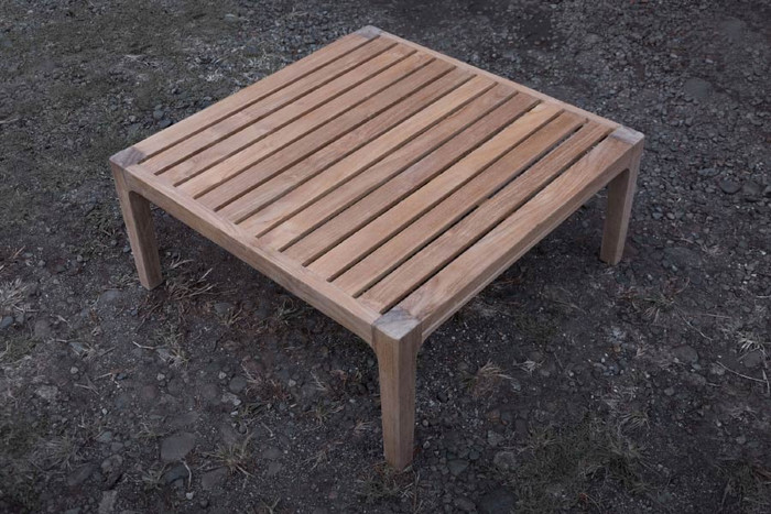 Nairobi outdoor teak coffee table (square)