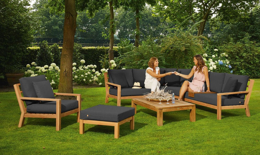 Complete setting including arm chair, pouf and coffee table