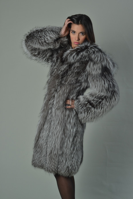 Silver Fox Fur Coat Hooded Knee Length - SKANDINAVIK FUR