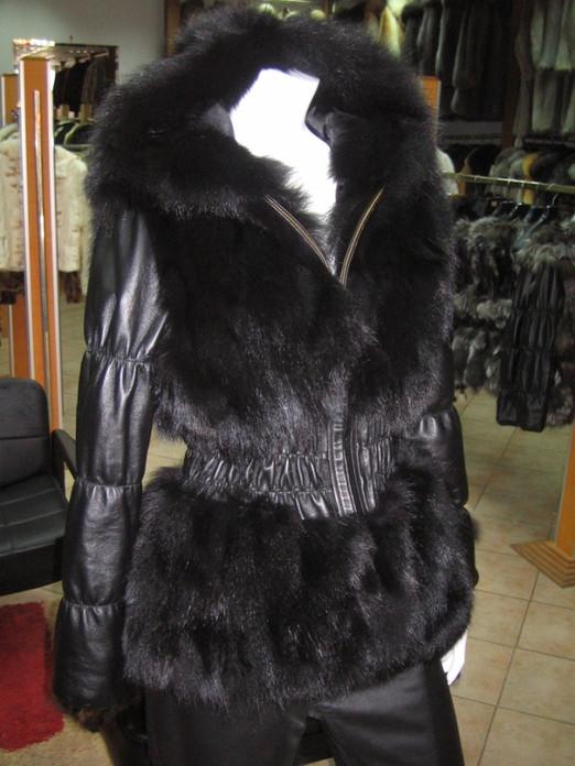 Black Fox Fur Jacket Hood leather sleeves