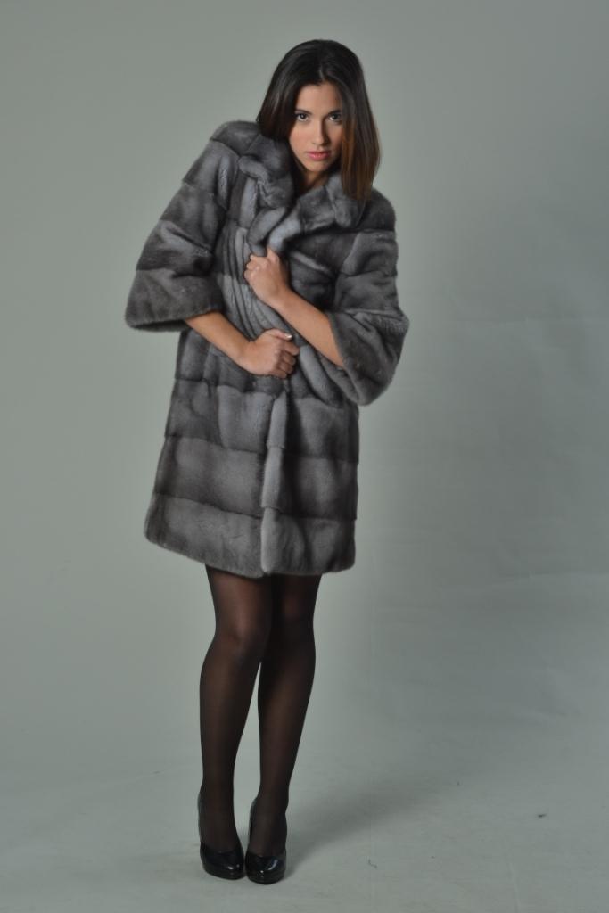 Sapphire Mink Fur Coat Short Sleeved