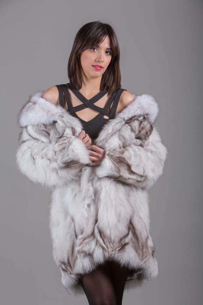 Blue Fox Fur Coat Knee Length - SKANDINAVIK FUR