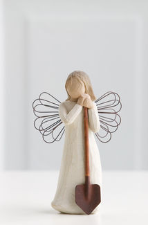 Willow Tree (R) Angel - Angel of the Garden - 'Bringing forth a garden of love and beauty'