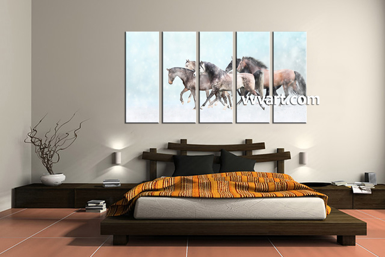Bedroom Decor 5 Piece Wall Art Snow Pictures Horse Animal Photo