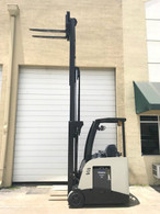 2011 Crown Electric Forklift RC5530-30, Dockstocker, Narrow Aisle 2015 Battery