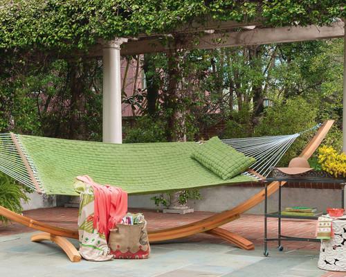 Luxurious padded soft-weave family sized hammock