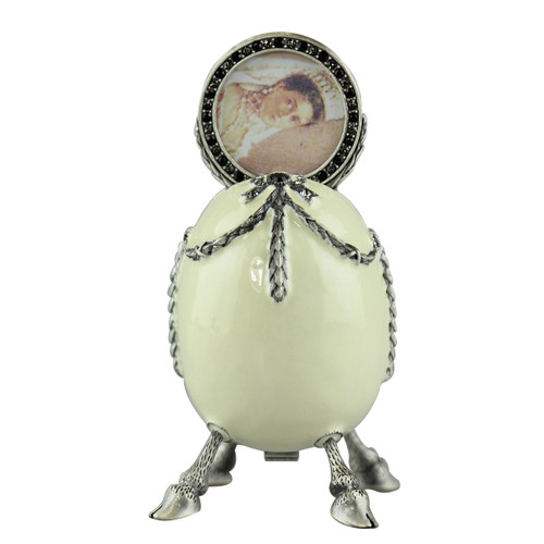 Egg Trinket Box With Picture Frame Ivory