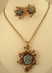 Antique Gold plated necklace with Aquamarine Blue cubic zirconia stones-ATQ203