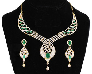 Emerald stone Bollywood Necklace Bridal Jewellery