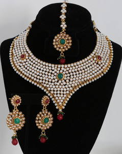 Pearl studded bridal necklace