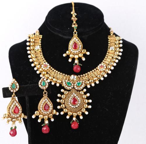 Modern Indian Wedding Jewellery: Bollywood Designer Indian Wedding Bridal Party Wear