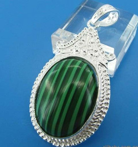 GEM011-Sterling Silver Oval Green Turquoise cabochon Pendant