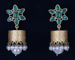 Emerald Jhumka Earrings