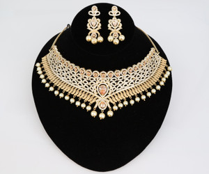 Gold plated Indian Bollywood AD Pearl Wedding CZ with Topaz stones Bridal Jewelry Necklace Set