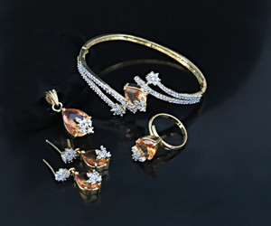 Topaz Stone Bangle pendant and earring set