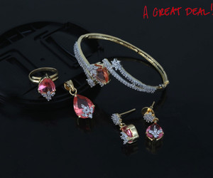 Light pink pendant bangle & earrings set