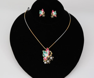 Pendant necklace in butterfly design
