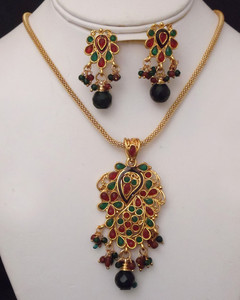 Antique Gold plated necklace with pendant embedded with green and red stones-19atqp