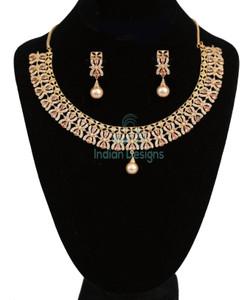 Topaz color floral necklace
