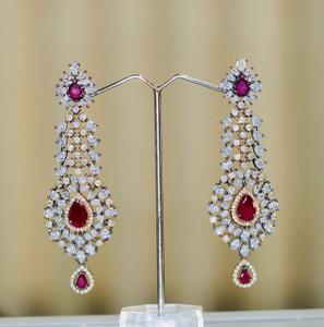 Tear drop vintage earrings