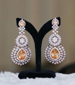 Antique design earrings