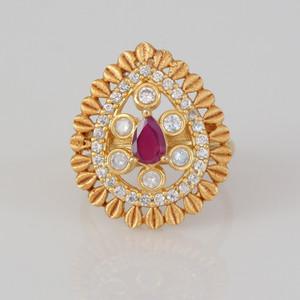Red onyx ladies finger ring