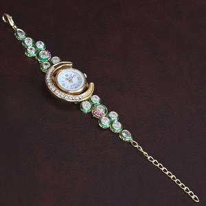 Latest fashion rhinestone gold plated ladies quartz casual wristwatch