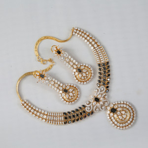 Latest Black White CZ short necklace