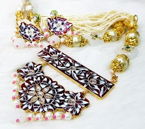 Kundan Meenakari Gold Plated Pearl Garnet Brass Necklace