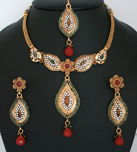 Dazzling Indian fashion Polki Jewellery Set with Ruby Red,Emerald,White stones with Maang tikka-011PLKJ56