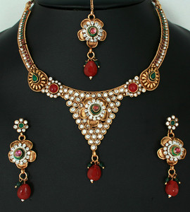 Charming Fashion Indian Necklace set with Emerald,Ruby Red and White polki stones-011PLKJ65