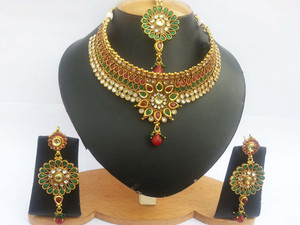 Fashion style wedding jewelry set handcrafted on a gold background with Ruby, Emerald and clear crystal stones-JEWELRYCR16