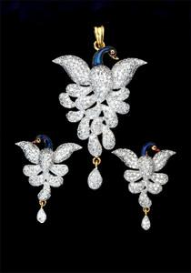 Flying Peacock Design Cubic Zirconia CZ AD Pendant & Earring Set