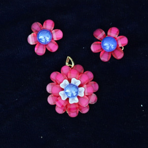 pink color pachi Indian bollywood style indian round pendant