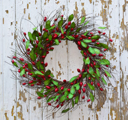 CRANBERRY RED WREATH - 20""