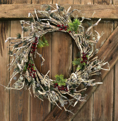 Wreath after being fluffed